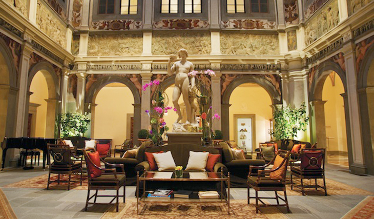 Four Seasons Hotel Lobby Florence | Task My Mother Please Tour 2016